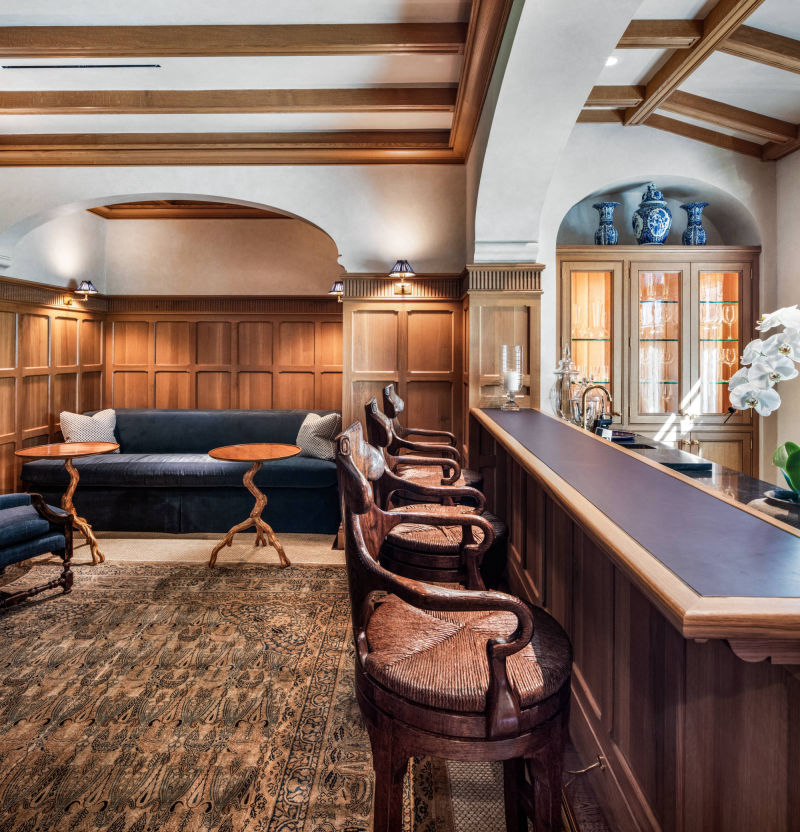 Private Bar by Alan Blakely Architectural Photography