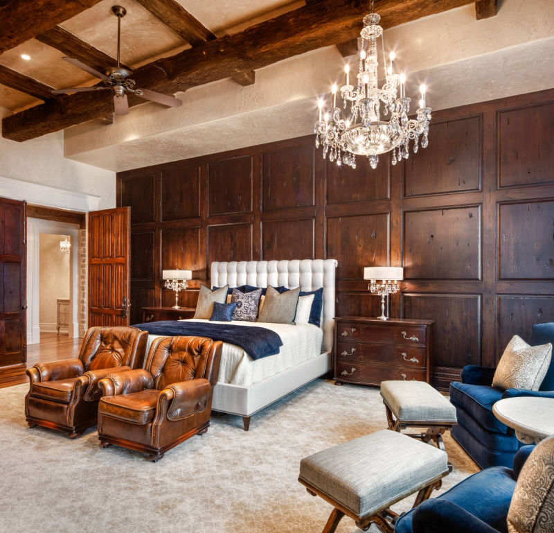 Master Bedroom by Alan Blakely Architectural Photography