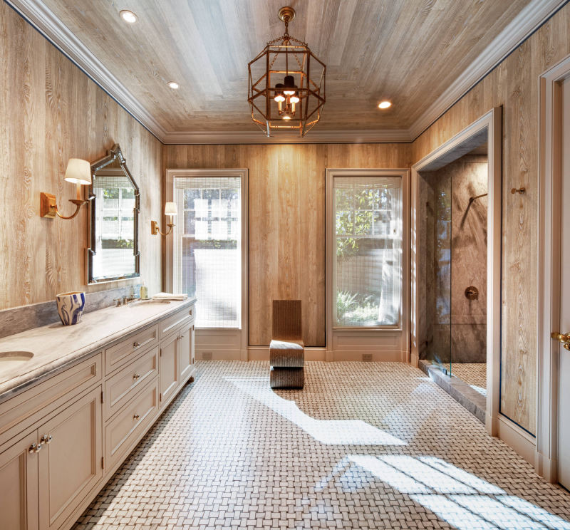 Makeup Room by Alan Blakely Architectural Photography