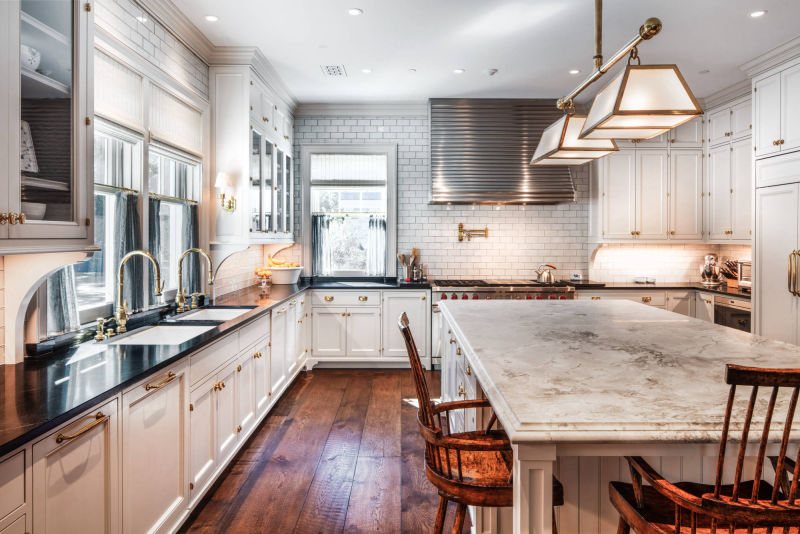 Custom Kitchen by Alan Blakely Architectural Photography